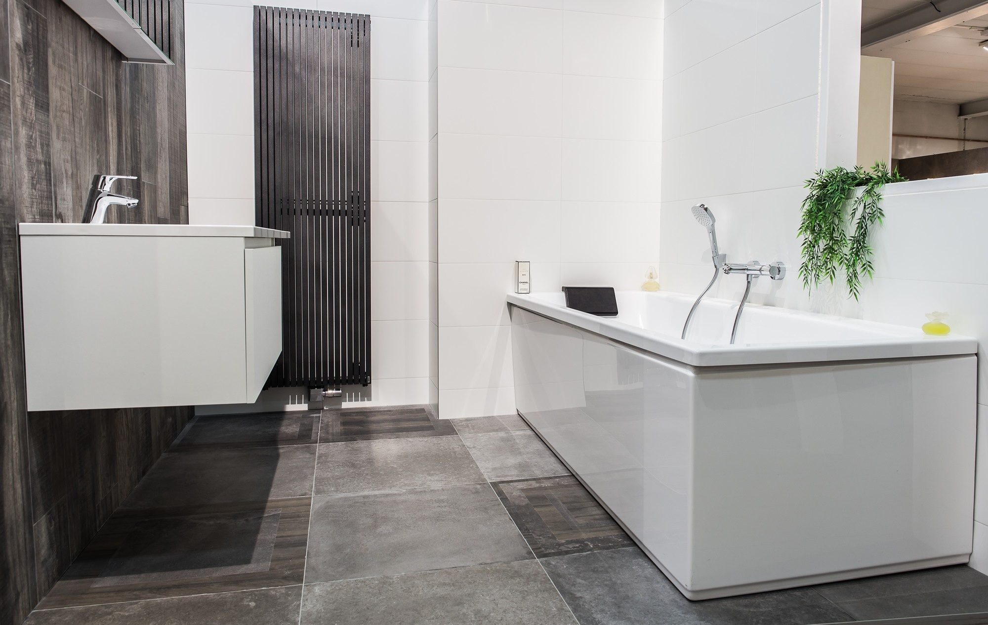 De tichelaar maasmechelen u tegels sanitair badkamers