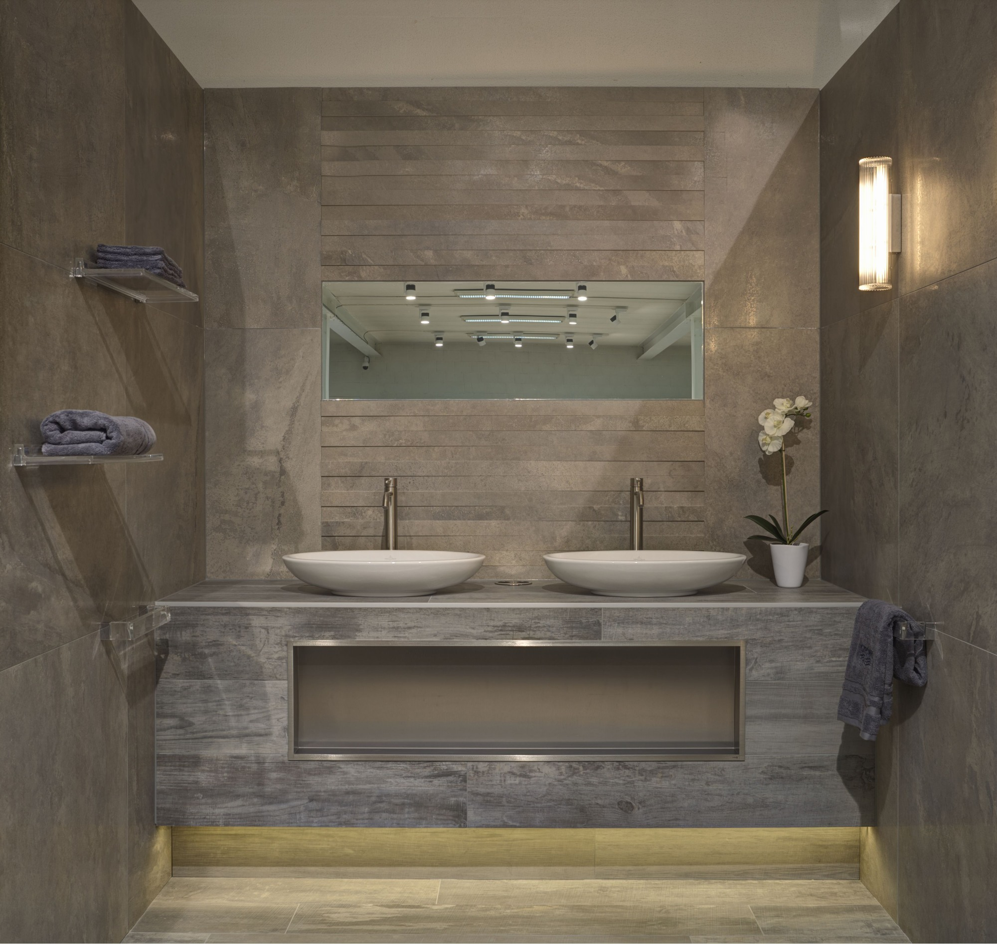 De Tichelaar Maasmechelen | Tegels, sanitair, badkamers, verwarming ...